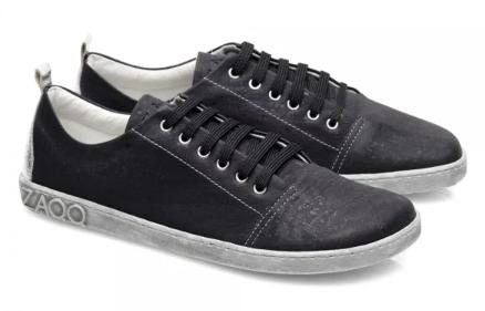 veganer-Sneaker-schwarz